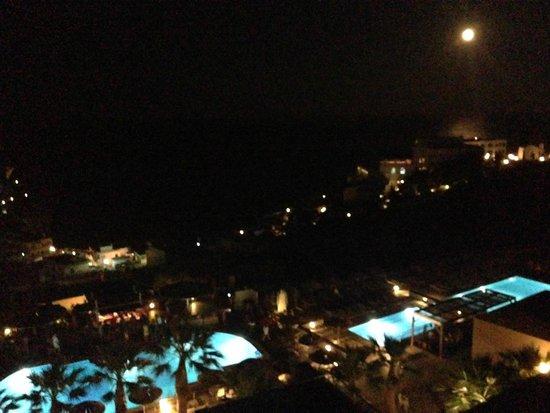 Blue Bay Resort Hotel : Soir