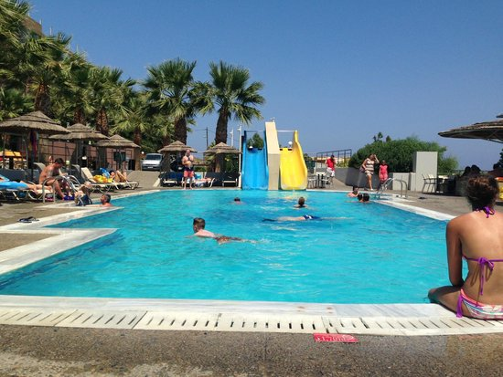 Blue Bay Resort Hotel : Piscine