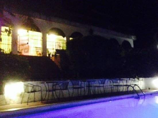 Moon Hill : View from the pool.