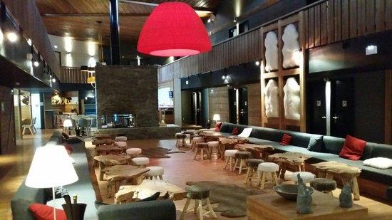 Marmotel : Hall de l hôtel