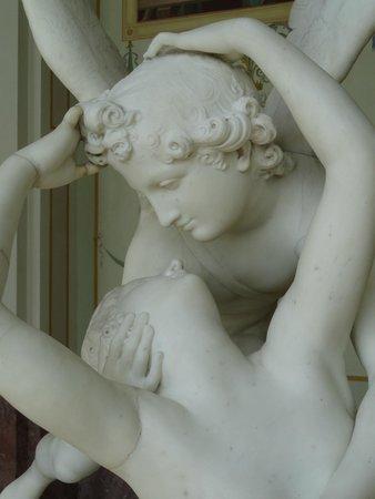 State Hermitage Museum and Winter Palace: Canova, un particolare