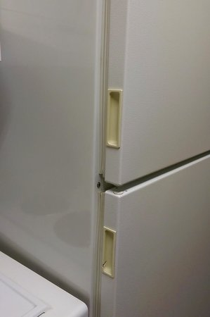 Extended Stay America - Sacramento - Northgate: how are the handles so yellow despite regular weekly cleaning??