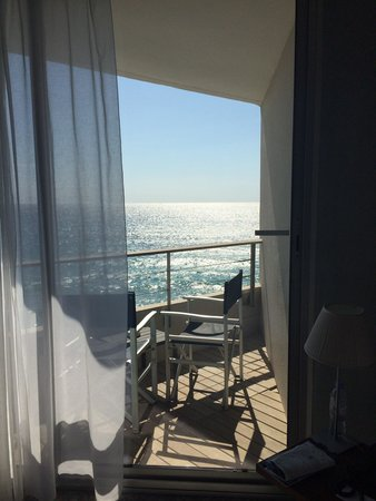 NH Marseille Palm Beach : Chambre grand large Vue dégagée sur la mer  Top !