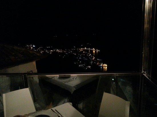La Principessa Ristorante: Panorama notturno dalla terrazza!!!
