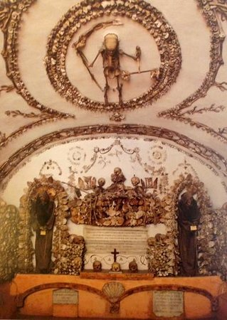 Museum and Crypt of Capuchins: bones  (pic from book)