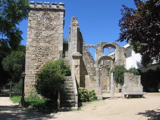 Moov Hotel Evora : Ruines