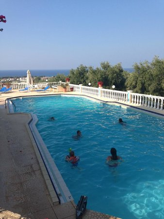 Antilia Apartments: Pool Area