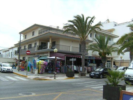 Hotel Haiti: Town