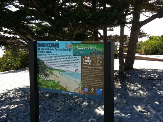 Carmel City Beach / Carmel River Beach: Carmel Beach sign