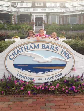 Chatham Bars Inn Resort and Spa: my little girls having a great time