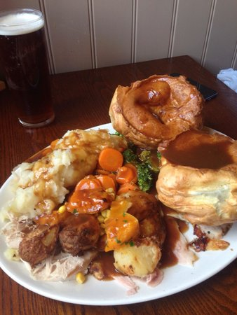 Toby Carvery Restaurant: Extra size meal.