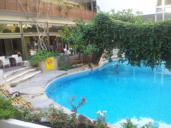 Sitia Beach City Resort & Spa : piscine central
