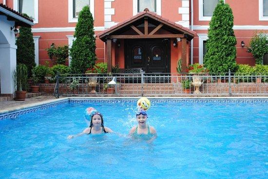 Casa del Sole: The swimming pool