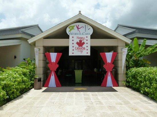 Secrets Wild Orchid Montego Bay: World Cafe-Great Buffet