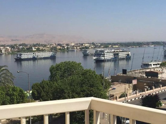Iberotel Luxor: Perfect views from hotel of valley of kings