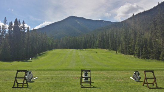 Stewart Creek Golf & Country Club: Beautiful day at the Driving Range