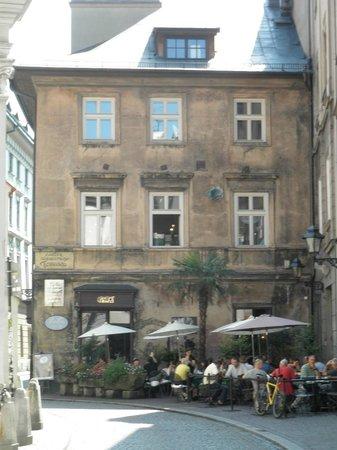 Cafe Camelot: Vue terrasse