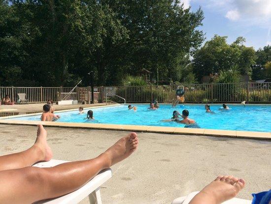 Camping La Clairiere: La piscine
