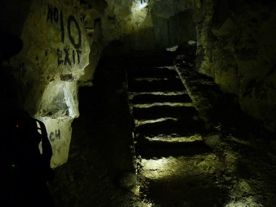 Wellington Tunnels, Memorial to the Battle of Arras: An exit from the tunnels on to the German lines