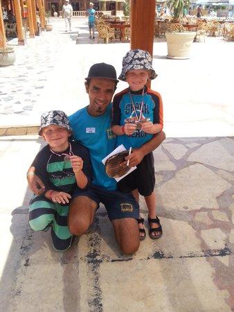 SUNRISE Select Royal Makadi Resort: The boys and Sepastian