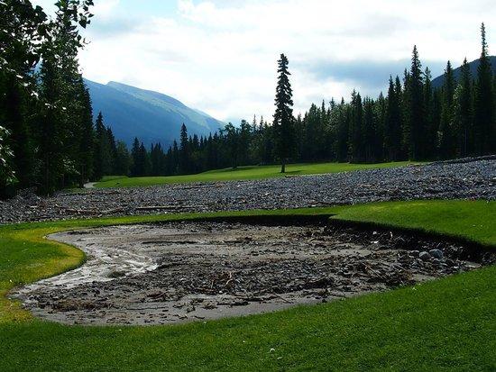 Stewart Creek Golf & Country Club: 2013 Flood Bunker at 13