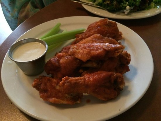 The Prodigal Son Brewery and Pub : Chicken wings