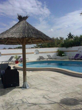 La Palunette: La piscine de l'hôtel