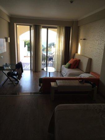 Atrium Platinum Hotel : Junior suite?!