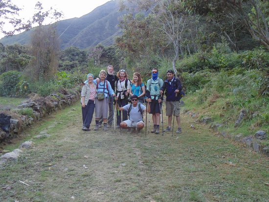 Peru Adventures Paradise Private Day Tours : Group Picture