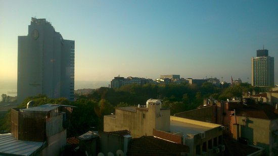 Point Hotel Taksim: view from the rooftop terraсе