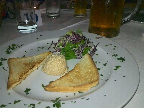Konoba - Pizzeria Blidinje : Antipasto incluso nel servizio