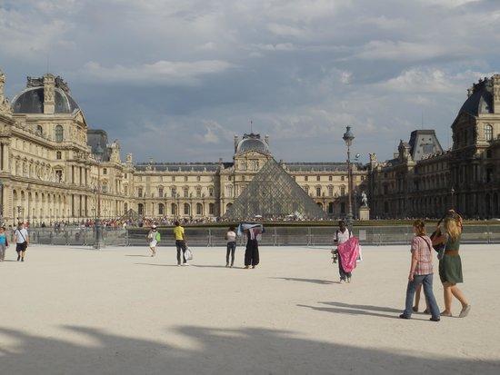 Musée du Louvre : entrada principal