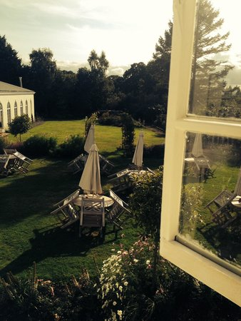 Rowton Hall Hotel: Room with a gorgeous view