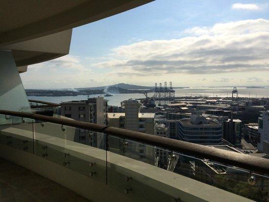 Pullman Auckland: Balcony