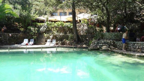 Restaurant Es Guix : restaurante Es Guix Lluc Mallorca piscina natural