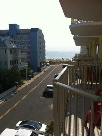 Bonita Beach Hotel: Beach view from balcony (premium view room)