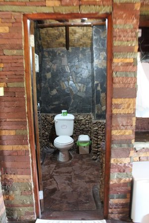 Montalay Beach Resort : toilette