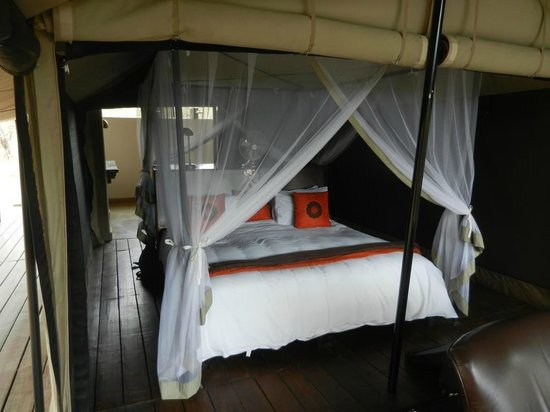 Honeyguide Tented Safari Camps: Doppelbett