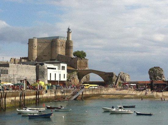Faro y Castillo de Santa Ana