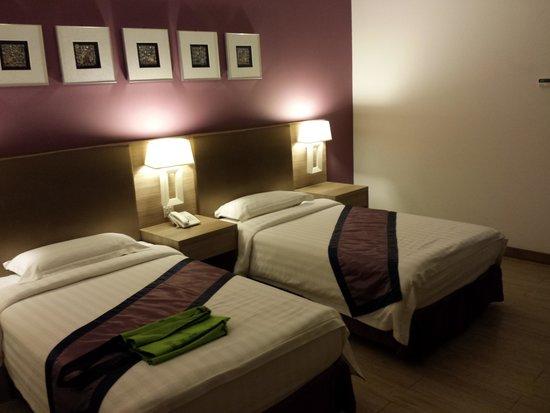 Badi'ah Hotel: nice room