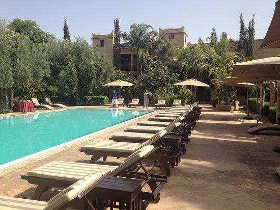 La Maison Arabe : La piscine extérieure