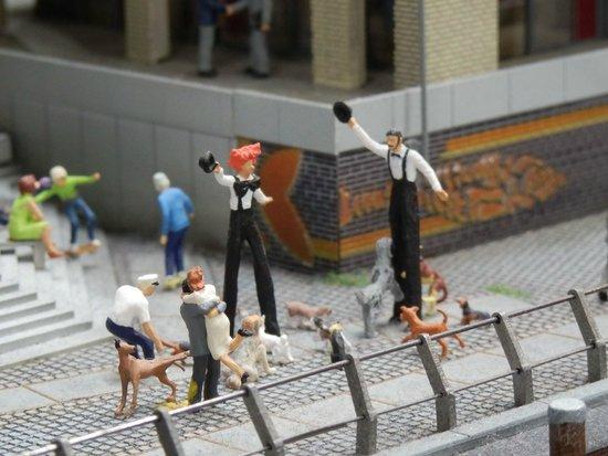 Miniatur Wunderland : street entertainers