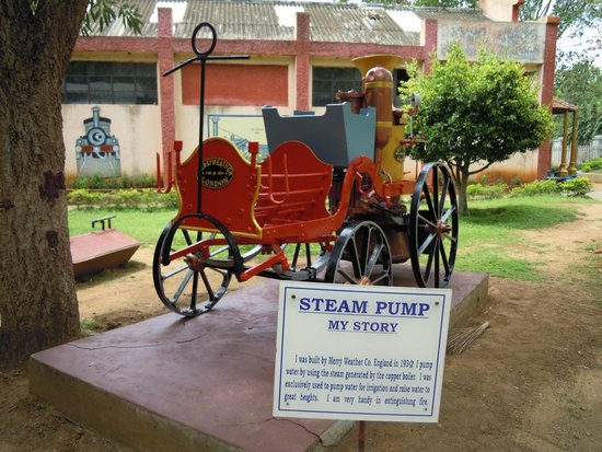Railway Museum Mysore: Old steam pump