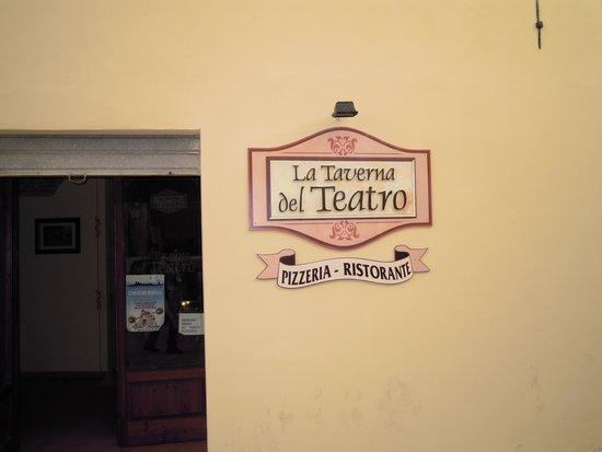 Taverna Del Teatro: insegna