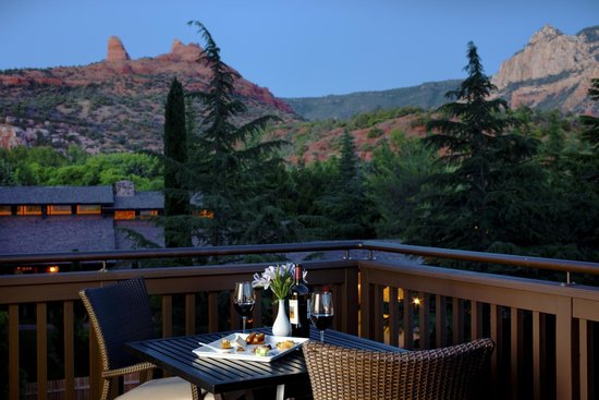 L'Auberge de Sedona : Vista Suite and Cottage Deck View