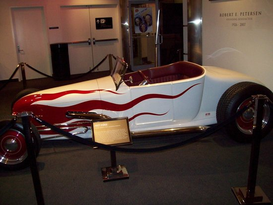 Petersen Automotive Museum : Hot Rod Heaven