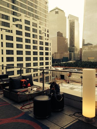 W New York - Downtown : Terrace with views and wet bar