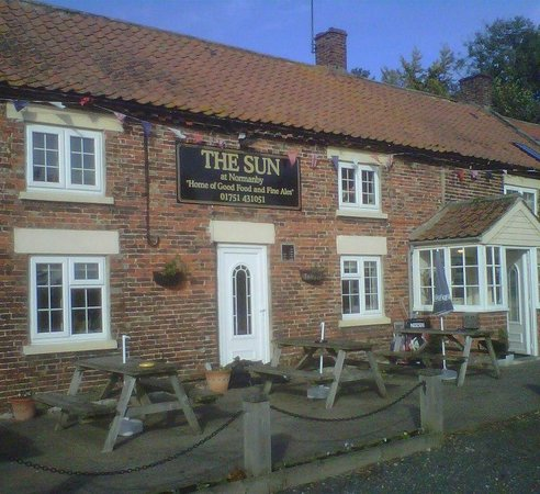 Sinnington, UK: The Sun Inn, Normanby