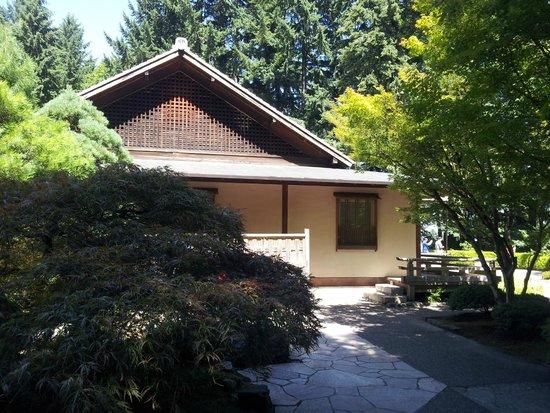 Portland Japanese Garden: Estructura de estilo japonés