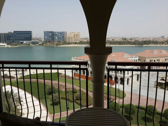 The Ritz-Carlton Abu Dhabi, Grand Canal : View from my room